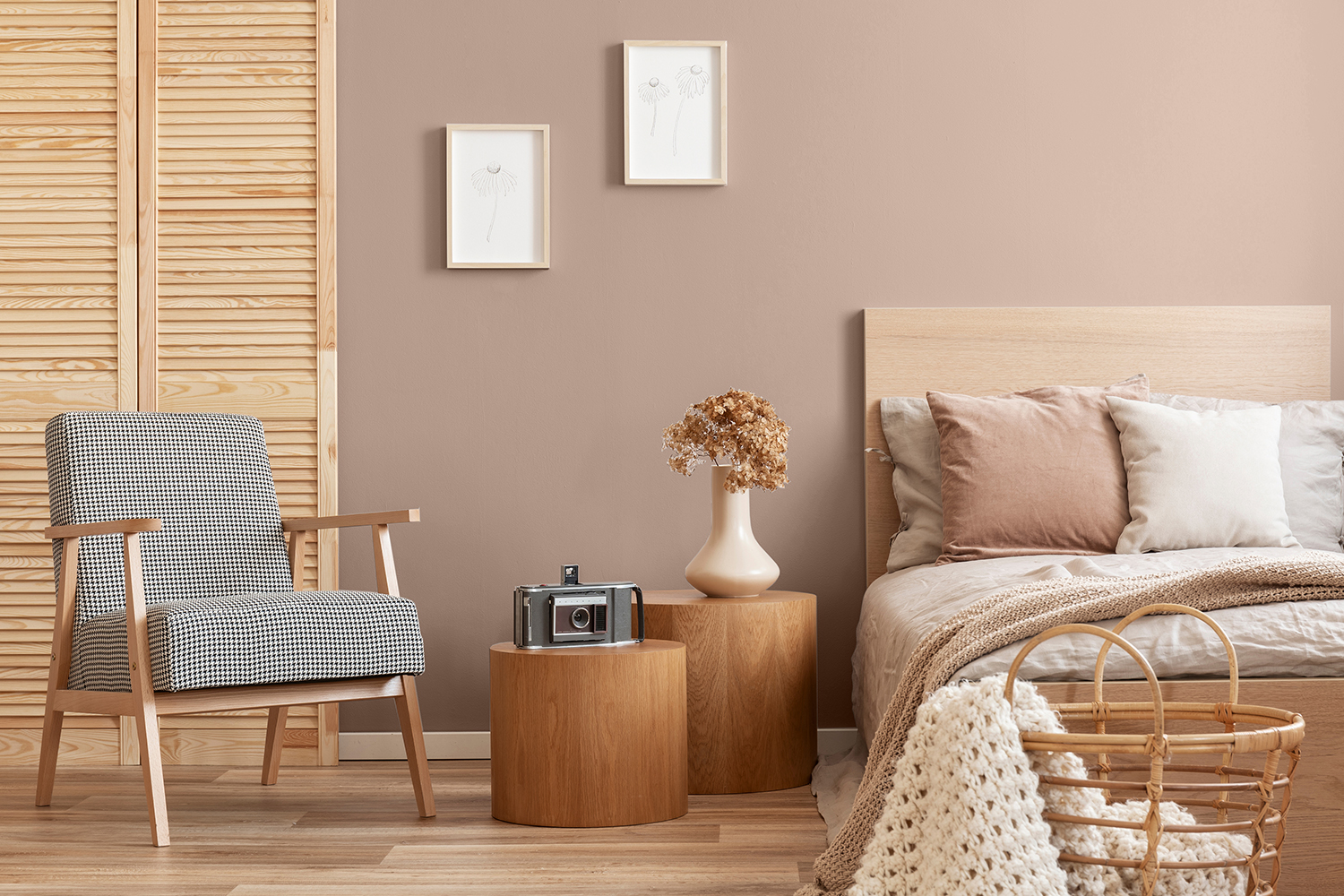 Bedroom design in Sherwin Williams' Heart