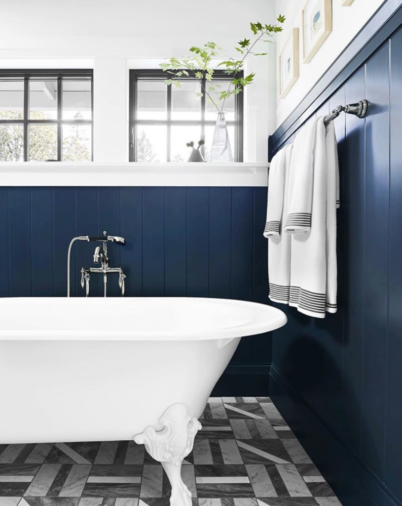 Bathroom design with Naval